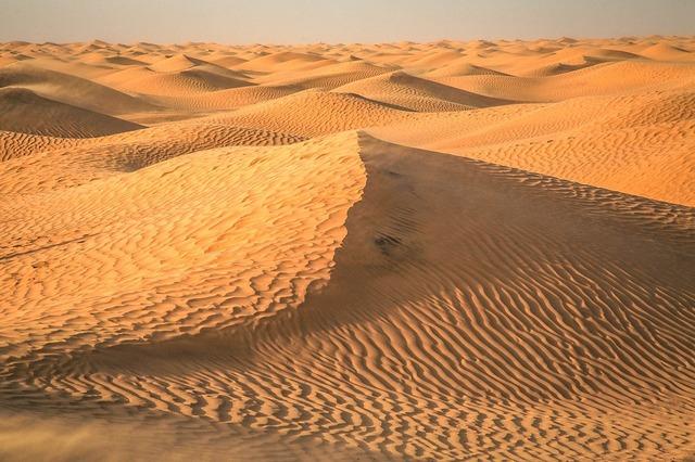 desert-2499010_1280-iloveimg-resized